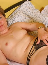 This naughty housewife plays with her punani